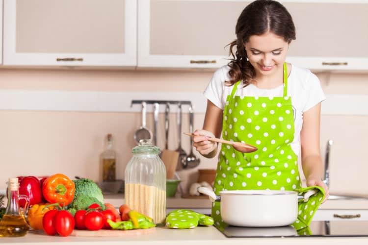 Mơ thấy nấu nướng đánh số gì? Ý nghĩa gì?